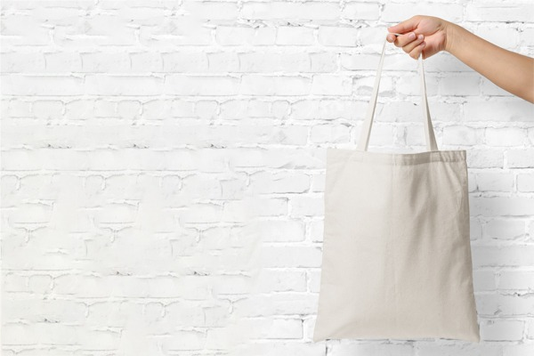 Place in 100% cotton canvas bags