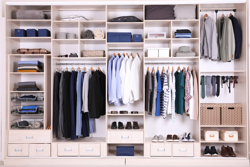 LaundryMan's Guide to Keeping Your Closet Well Organised